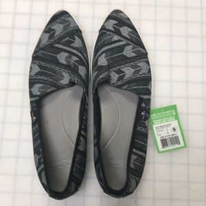 Women's sanuk shoes
